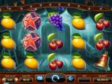 Zahrajte si casino automat Wicked Circus